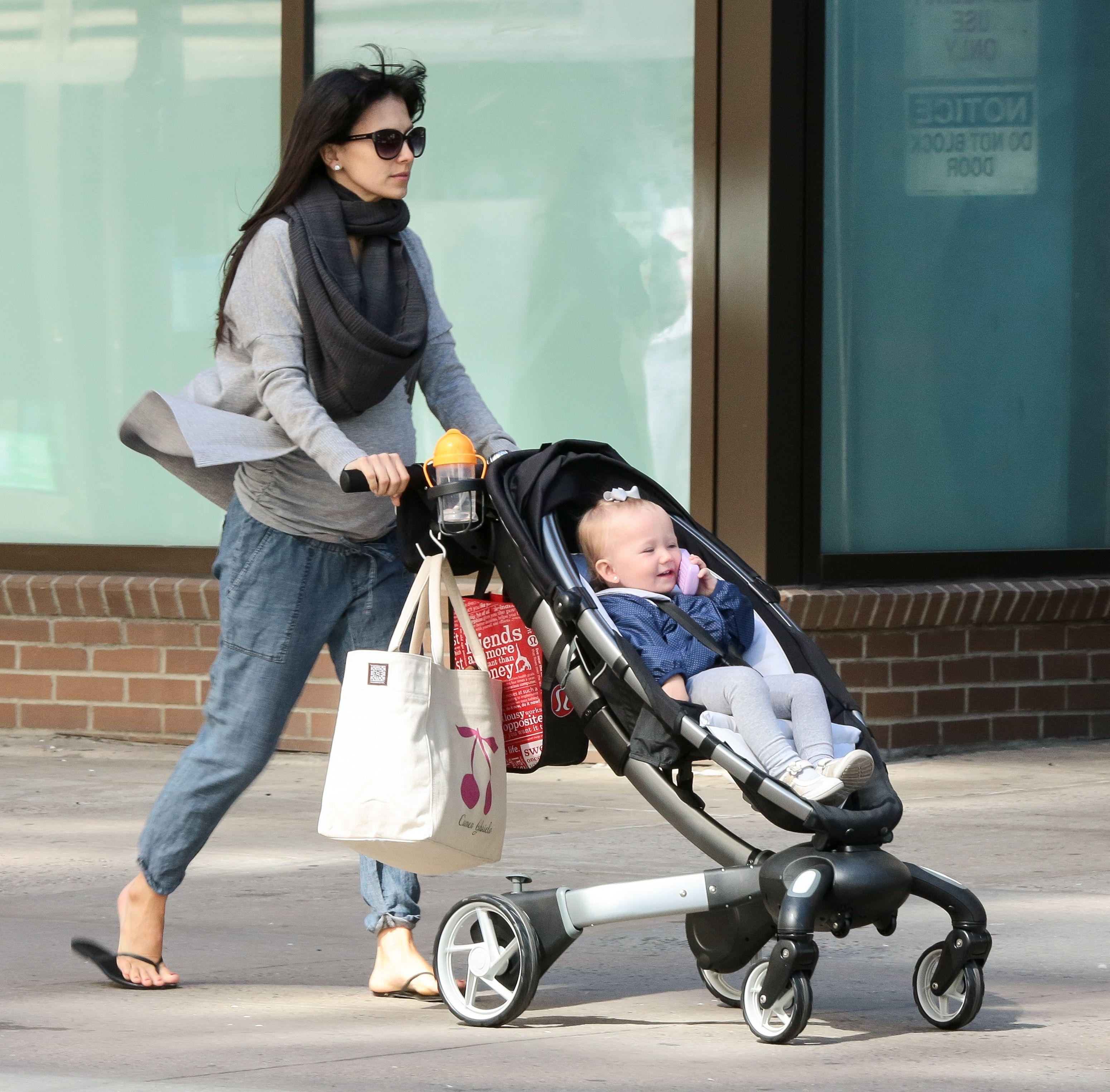 Get The Look // Hilaria Baldwin's Stroller Style