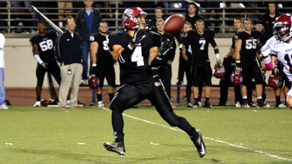 Football Takes Momentum On The Road 10 26 2012 With Images Azusa Pacific University Athlete Azusa Pacific