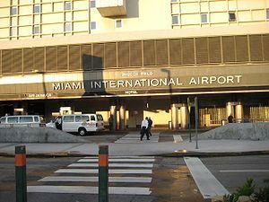 Military Lounge At Miami International Airport Aeroports Miami