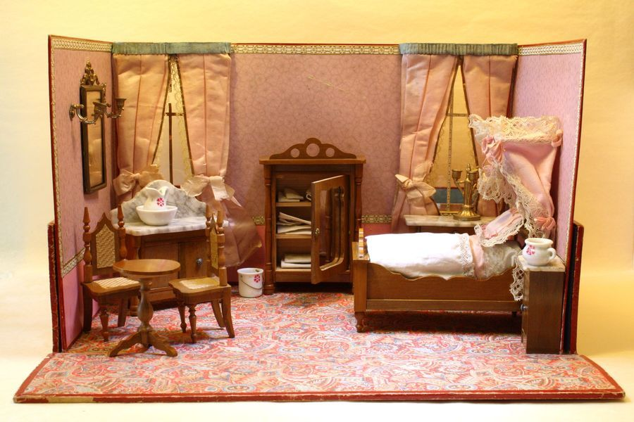 The Pink Bedroom   Antique Miniature Boxed Bedroom With Schneegas Furniture    For The French Market