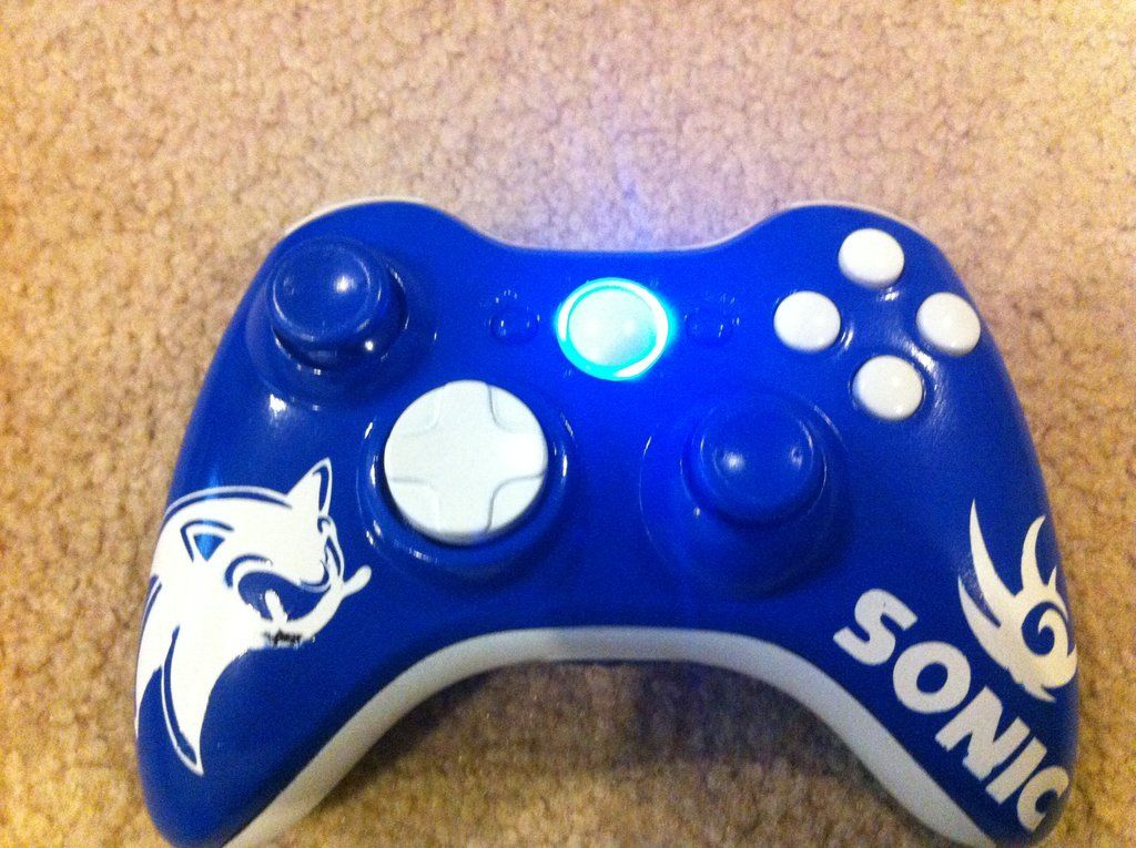 Sonic The Hedgehog Sonic The Hedgehog Xbox 360 Custom Controller By Unleashcustoms Sonic Custom Xbox Xbox