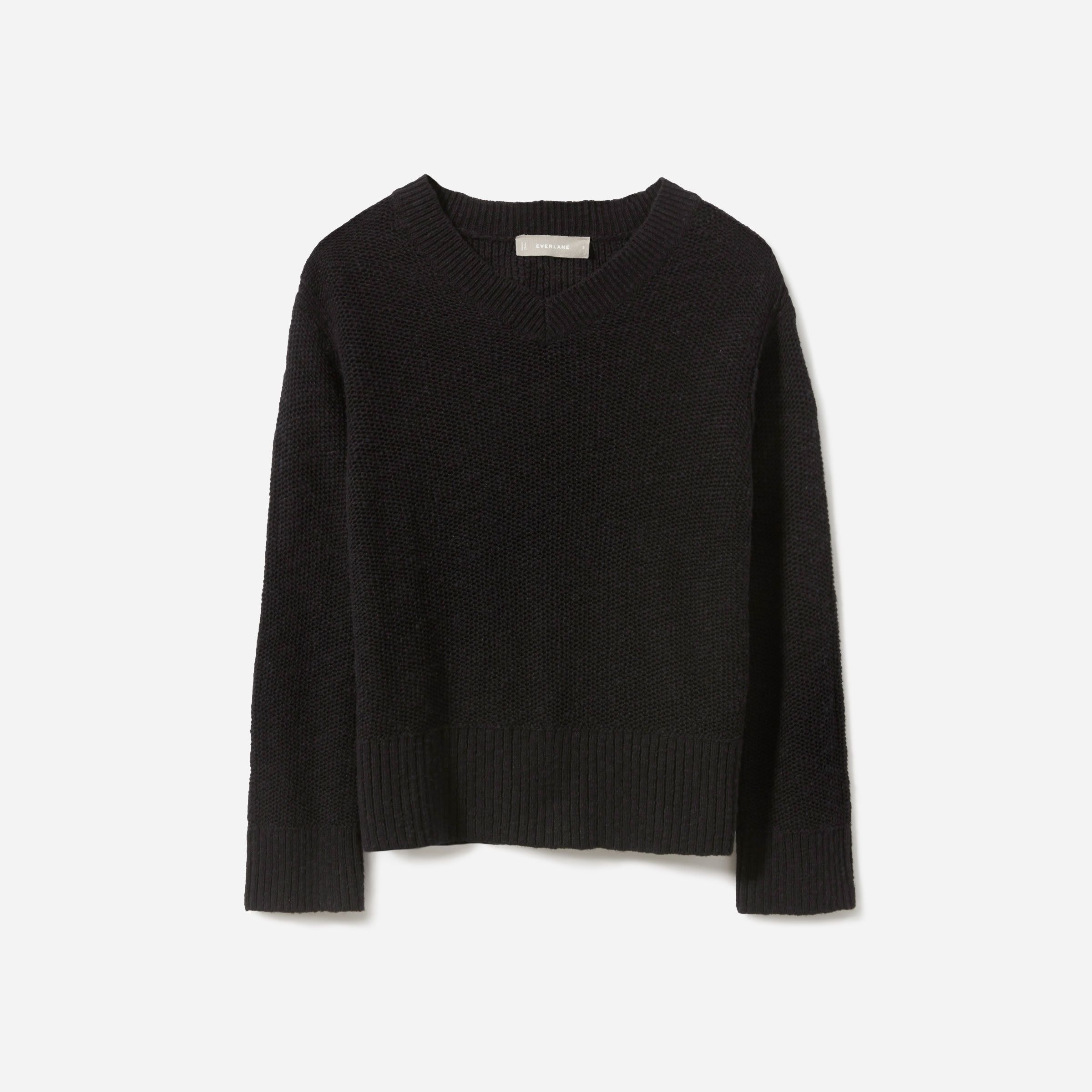 d92165bb9 Everlane The Cotton-Linen V-Neck in 2019 | Fashion and Style Board ...