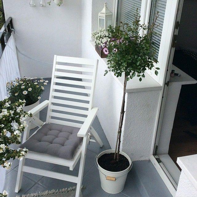 можем как обыграть лестницу на балконе фото сладких