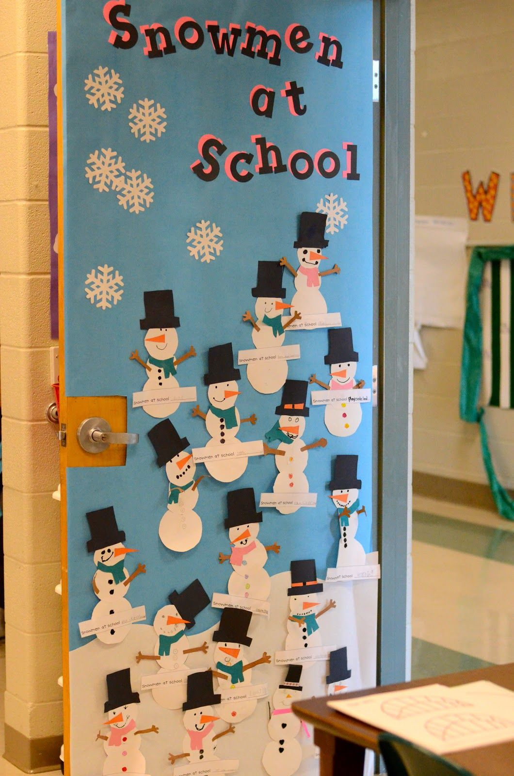Classroom Christmas Decorations Ideas | Christmas ...