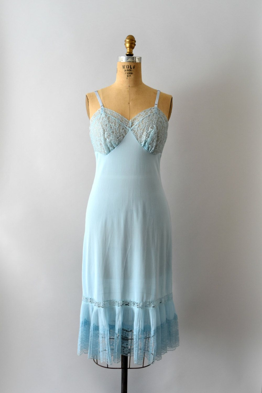 21b6dcc9a012a 1950s Vintage Slip - 50s Pale Blue Lace & Pleated Nylon Full Dress ...