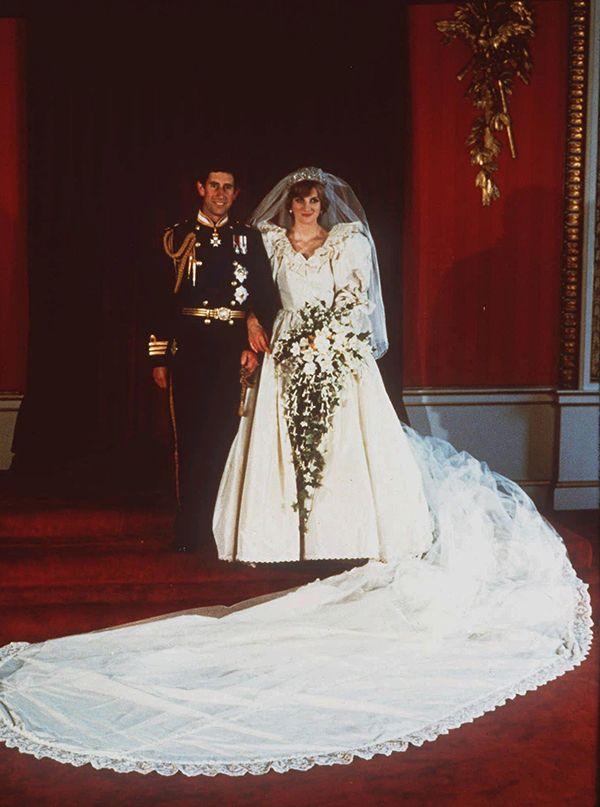 vestido de noiva da princesa diana em exposicao no canada casamento vestidoden casamento da princesa diana princesa diana vestido de noiva da princesa diana pinterest
