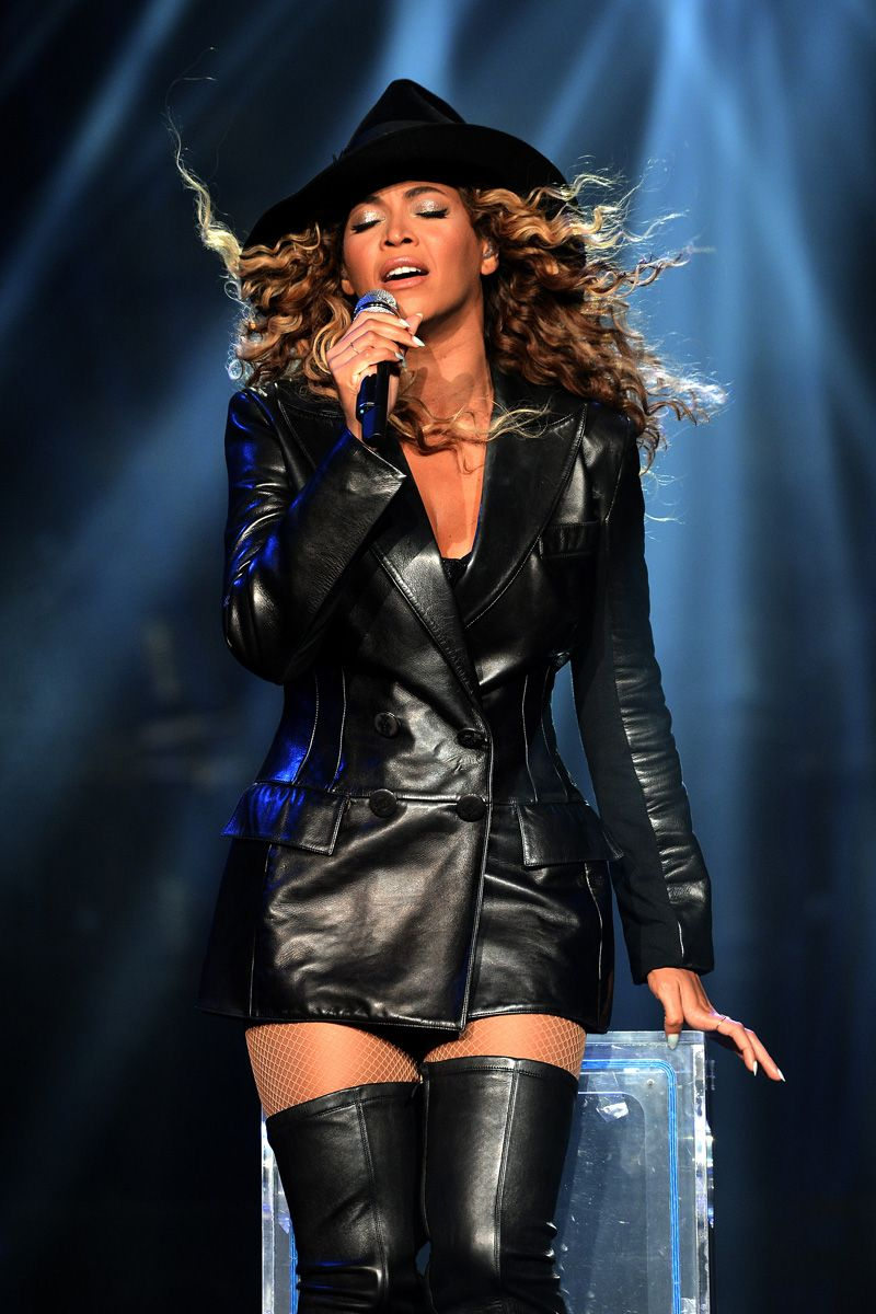 Beyoncé Mrs Carter Show World Tour Mohegan Sun Arena Uncasville ...