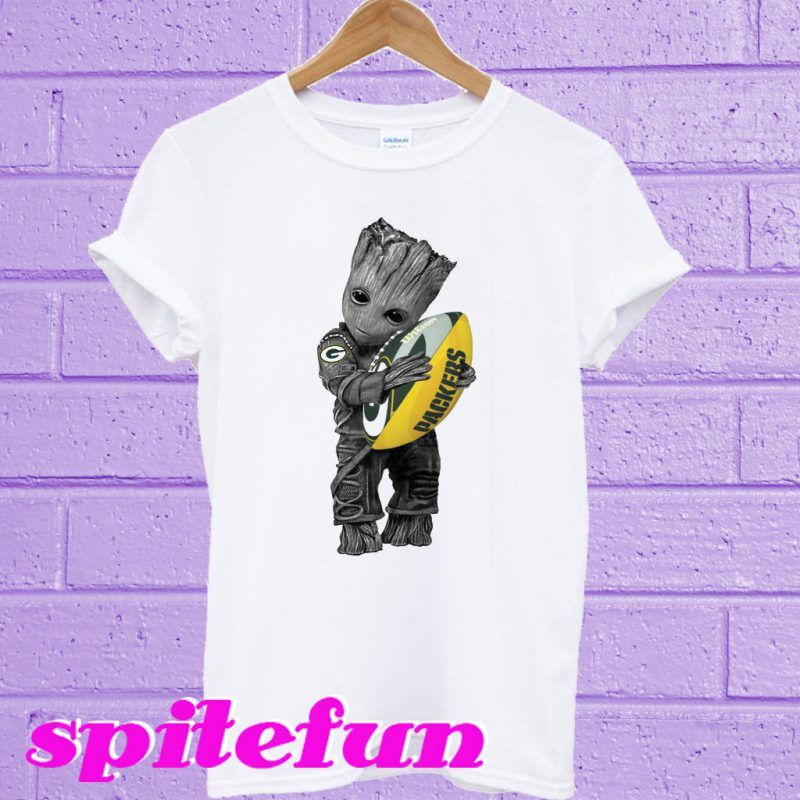Baby Groot hug Green Bay Packers T-shirt  dfa579223