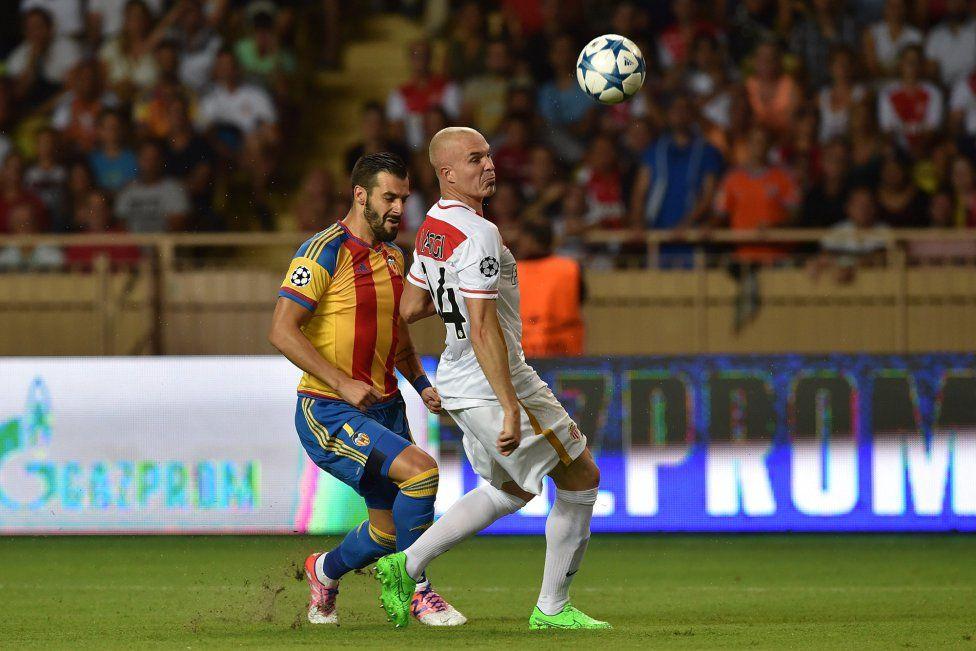 @valenciaoficial exquisita definición de Álvaro Negredo ante el Monaco #9ine