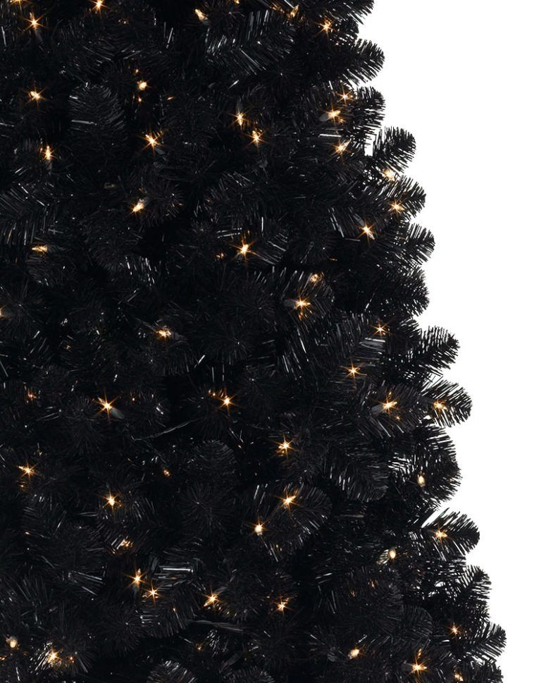 decorate your tree with only lights to make it look sophisticated
