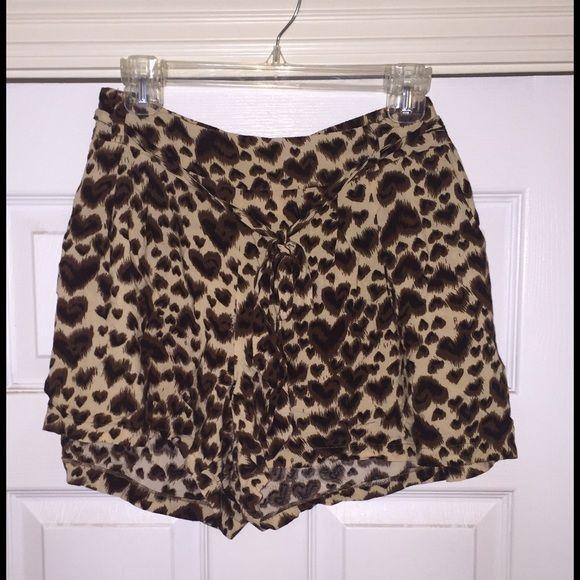 Animal print shorts Laid back animal print shorts. Elastic waist with belt. EUC! Forever 21 Shorts