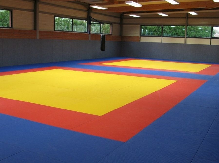 Yoga Mats In India Are Today Made From Different Kinds Of Materials You Can Make A Better Choice When You Know More About Karate Mats Karate Interlocking Mats