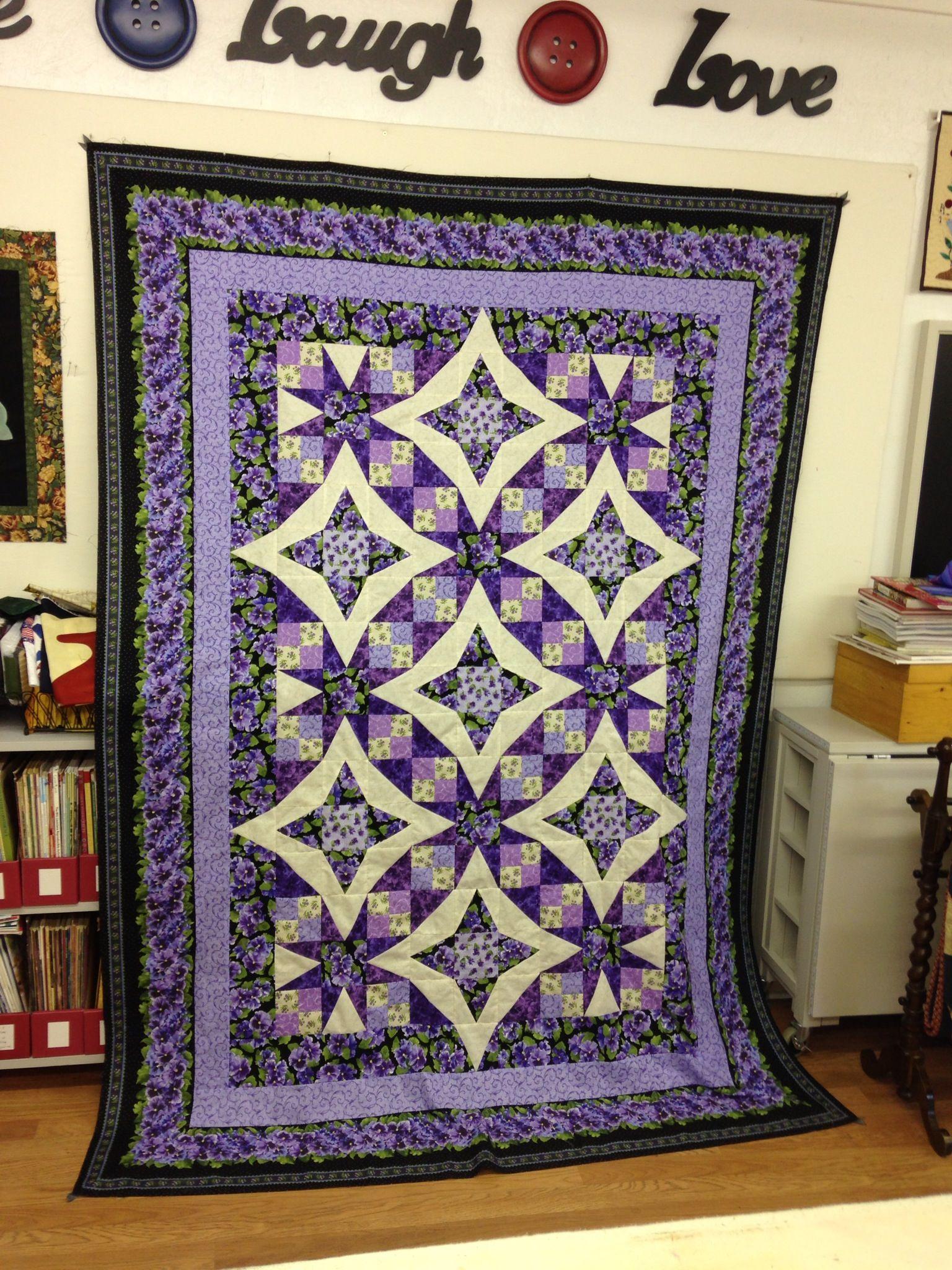 Quilt Pattern named Pansies in Paradise free pdf on RJR