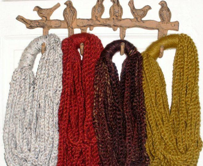 Crochet strand scarf (excellent idea!)