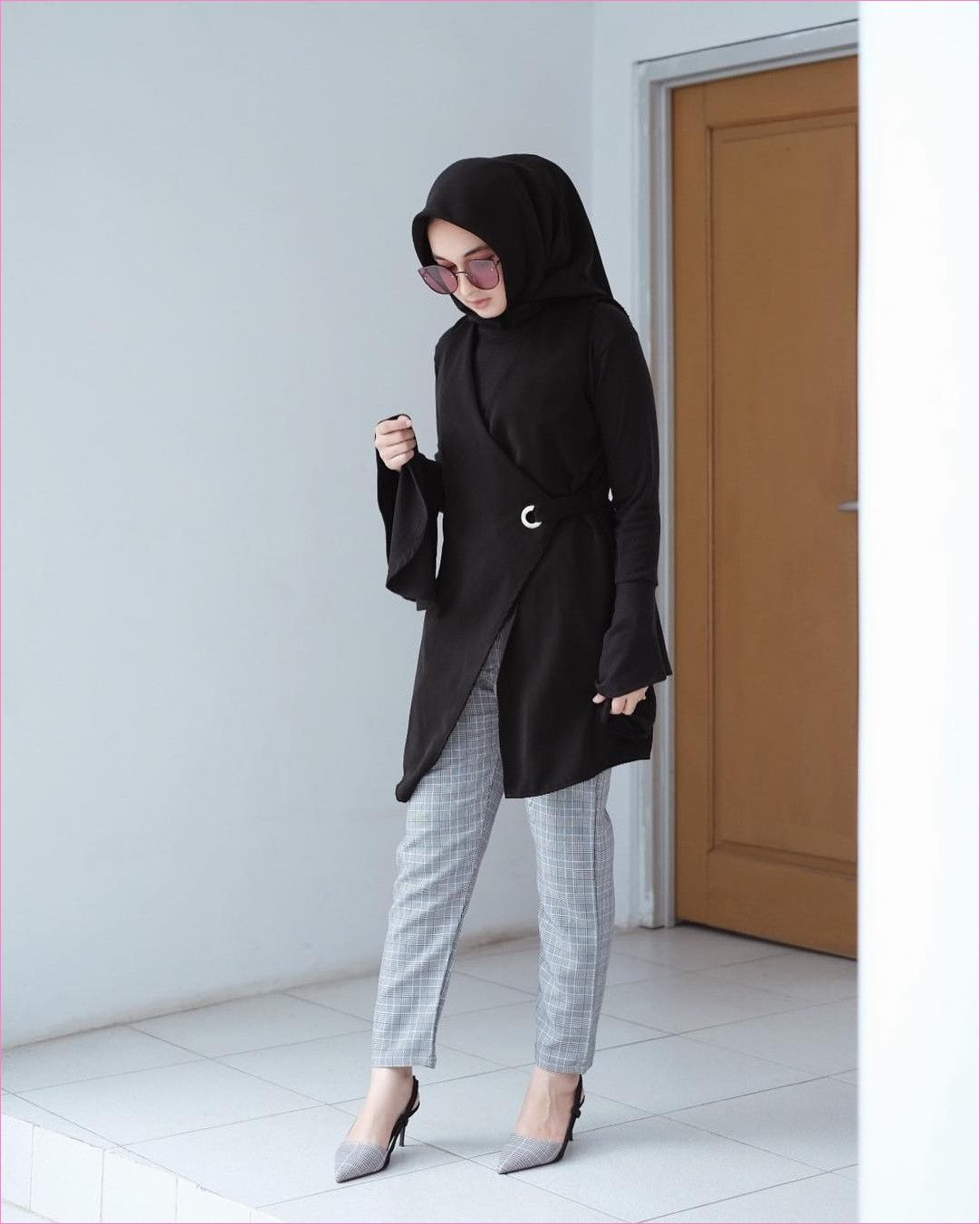Pin di Outfit Baju Hijab Casual Untuk Ke Kantor Ala Selebgam 11