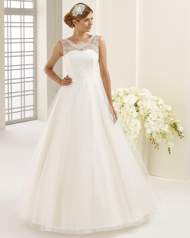 062c935251 Bianco Evento | Menyasszonyi kiegészítők menyasszonyi ruhák menyasszonyi  esküvői divat