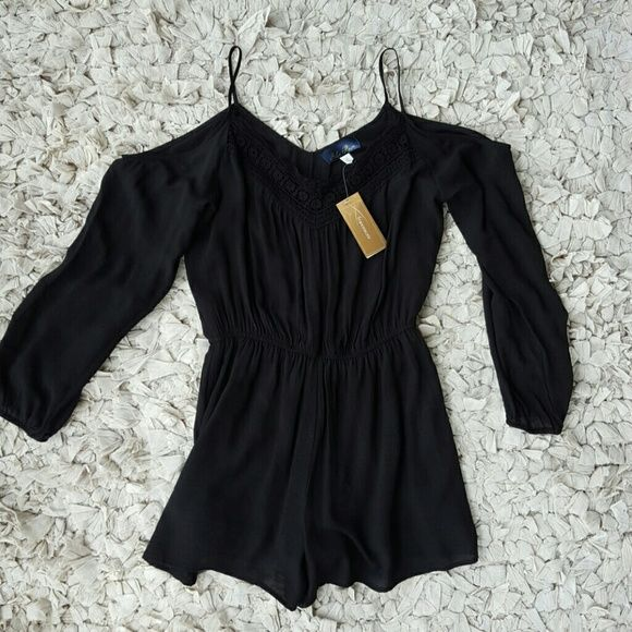b3d94ddbb589 NWT Francesca s Romper Beautiful black romper with cutout design along  neck