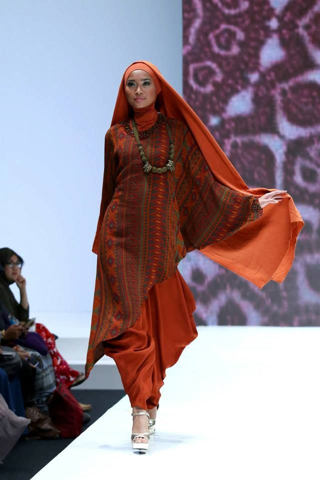 Ida Royani West to East Indonesia Islamic Fashion Fair