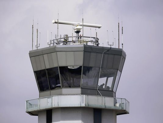 Report: FAA needs to scale back expectations for air-traffic upgrades - USA Today