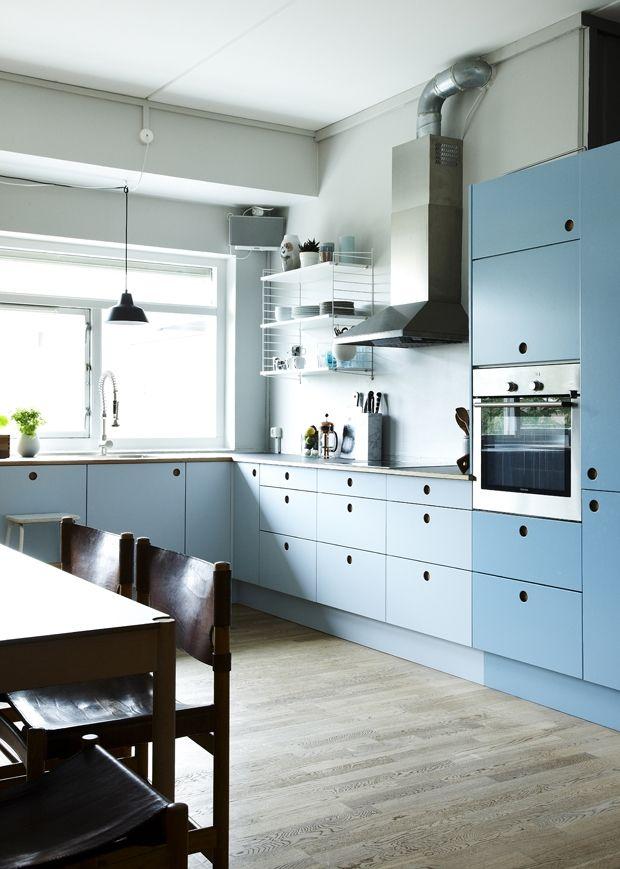IKEA-køkken med nye fronter | Køkkenidéer | Cocinas, Cocina azul ...