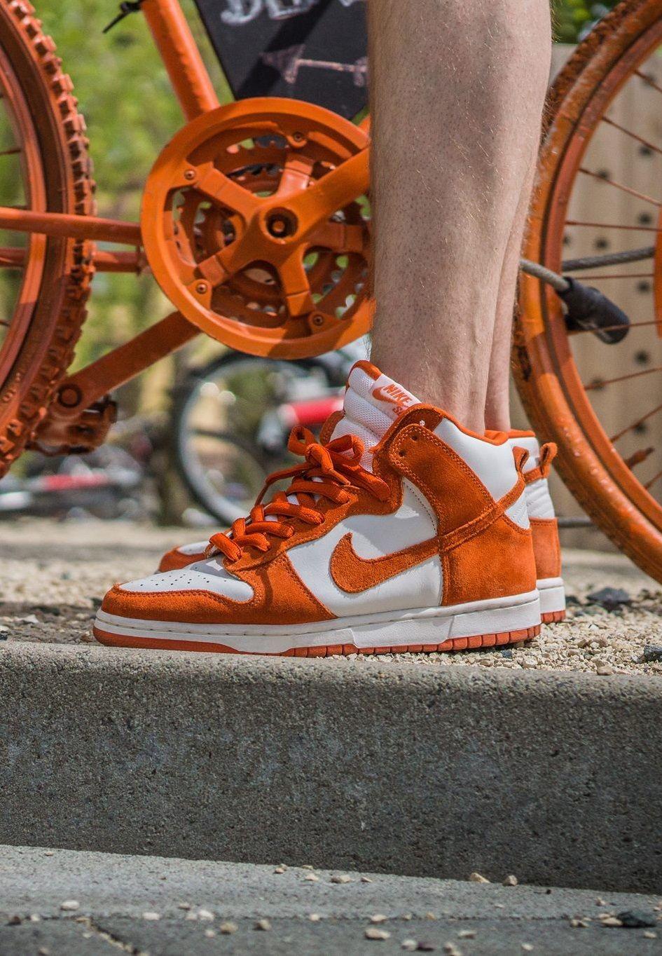 the latest 92f4f 01451 Nike SB Dunk High Syracuse