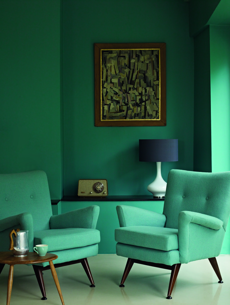 Emerald Green Living Room With Jade Green Chairs Pantone Arcadia