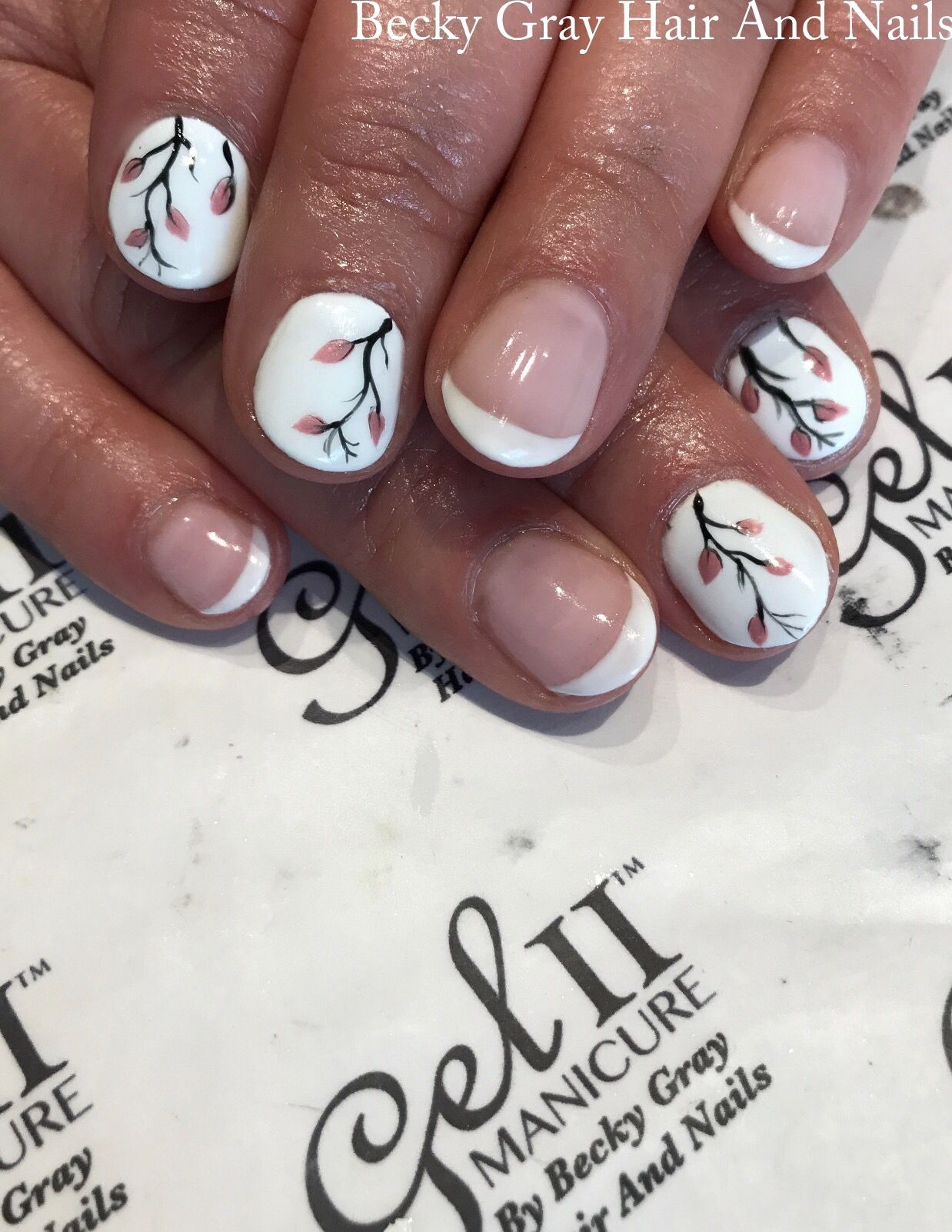 #gelii #manicure #frenchmanicure #handpainted #nailart #gel_two #showscratch #scratchmagazine