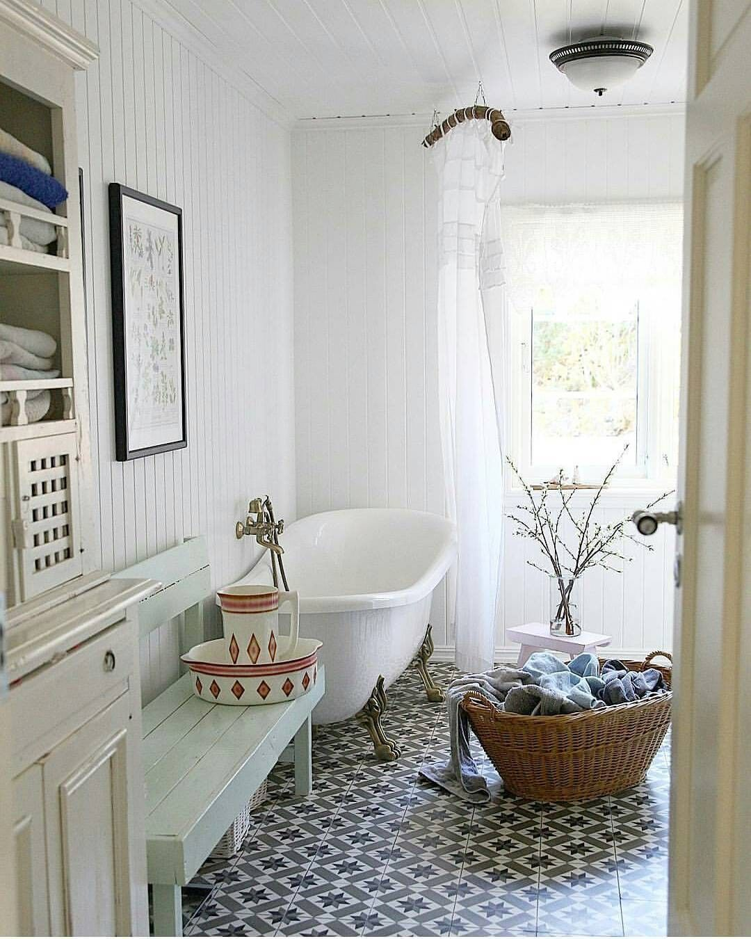 Hello Bathroom Goals The Airy Vibes Clawfoot Tub And Tile Create The Most Relaxing Scene Hver With Images Master Bedroom Bathroom Household Decor Bathroom Goals