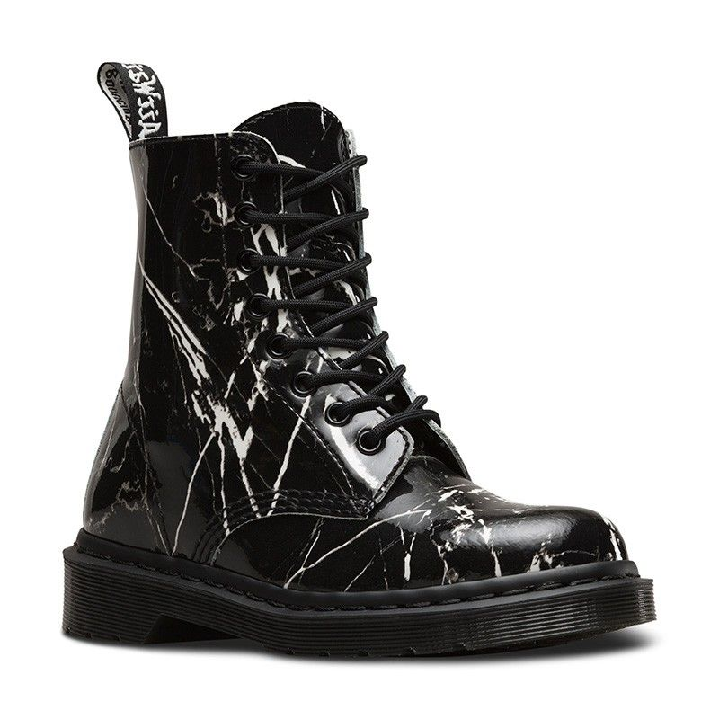 Dr. Martens Pascal Marble in Black Patent