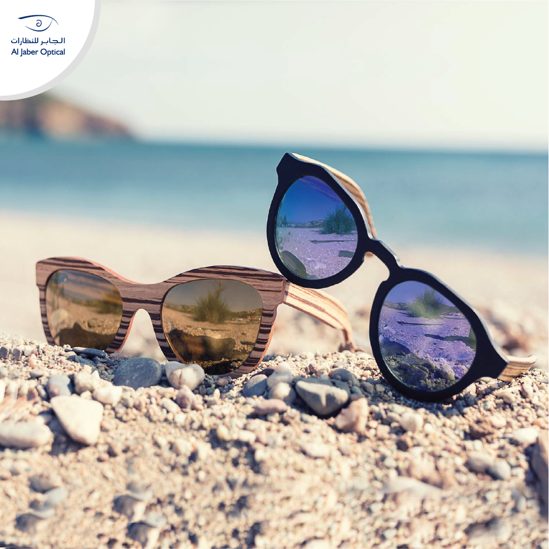 All You Need Is A Great Pair Of Sunglasses And A Nice Day At The Beach كل ما تحتاجه هو نظارات شمسية رائعة و يوم جم Summer Pictures Sunglasses Free Sunglasses