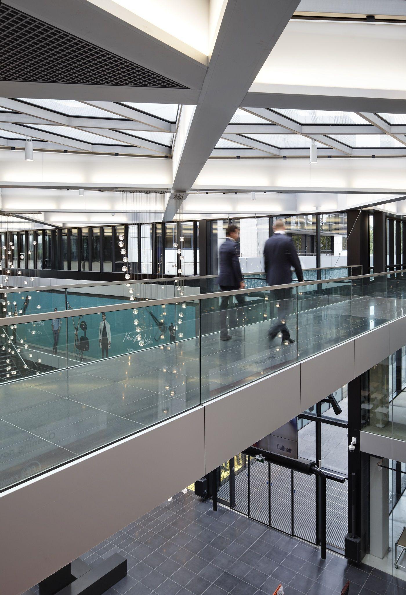 Glazen balustrades