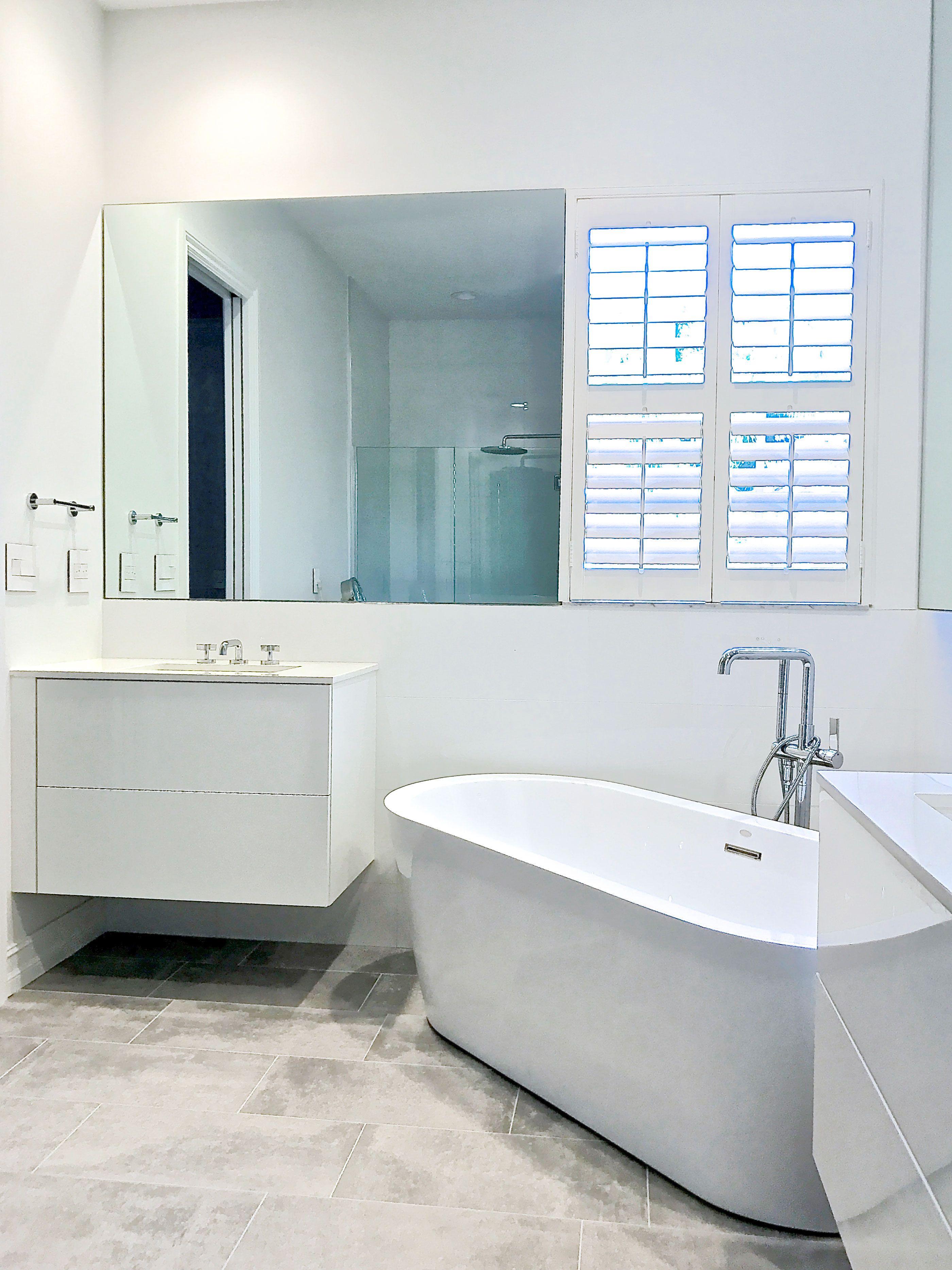 Modern bathroom by Da Vinci Cabinetry in Bonita Springs, FL | Our ...