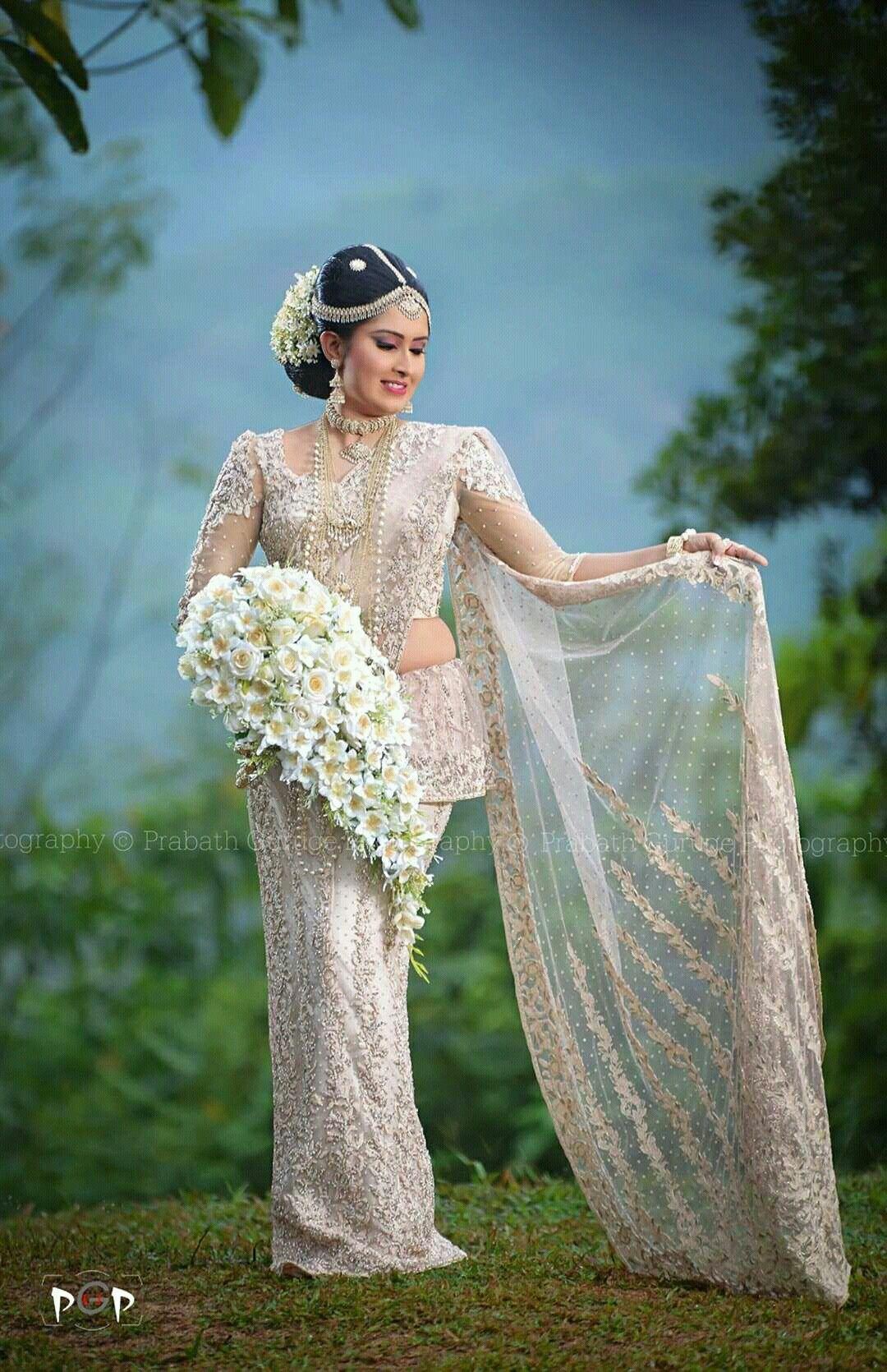 Pin by Yashodara Rathnathilaka on Kandian Brides   Pinterest   Saree ...