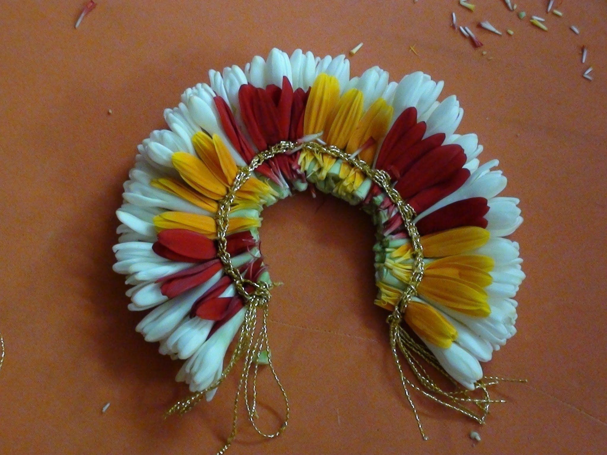 Bridal hair decoration with fresh flowers wedding flowers
