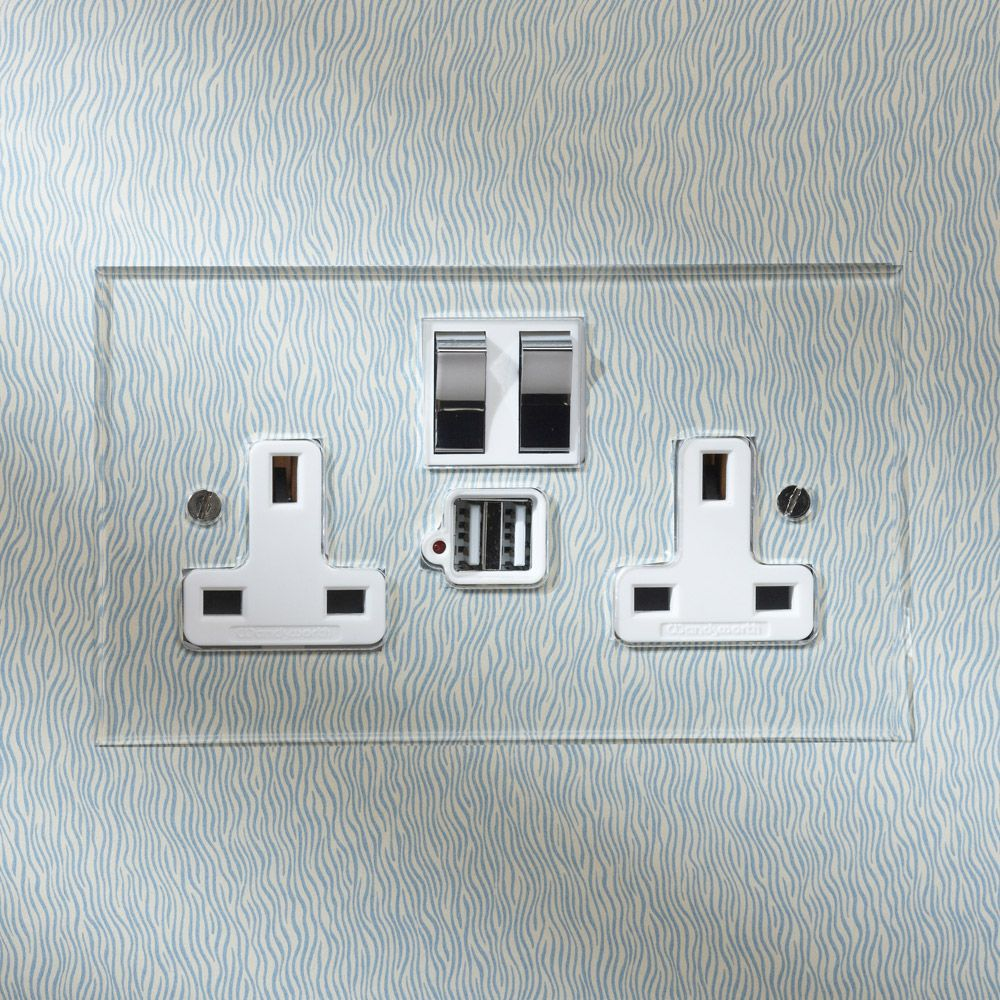 Forbes And Lomax The Invisible Lightswitch Light Switches And Sockets Light Switch Sockets