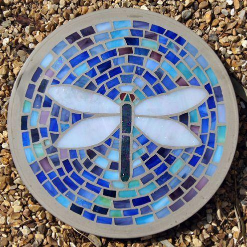 Free patterns mosaic stepping stones stepping stones by free patterns mosaic stepping stones stepping stones by curvaceous dragonfly mosaic stepping stone maxwellsz