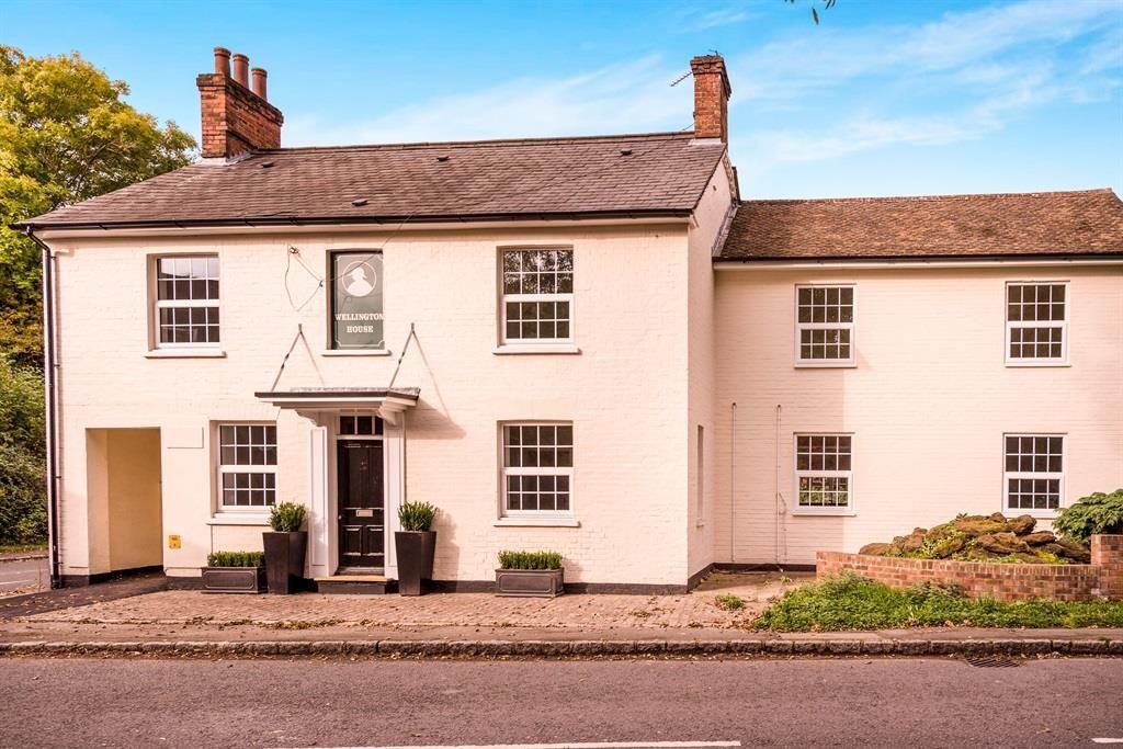 Wellington House, Lower Icknield Way, Longwick 1 bedroom