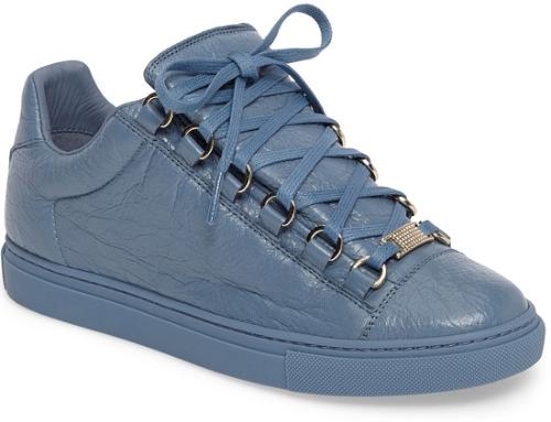Balenciaga Low Top Sneaker in Blue