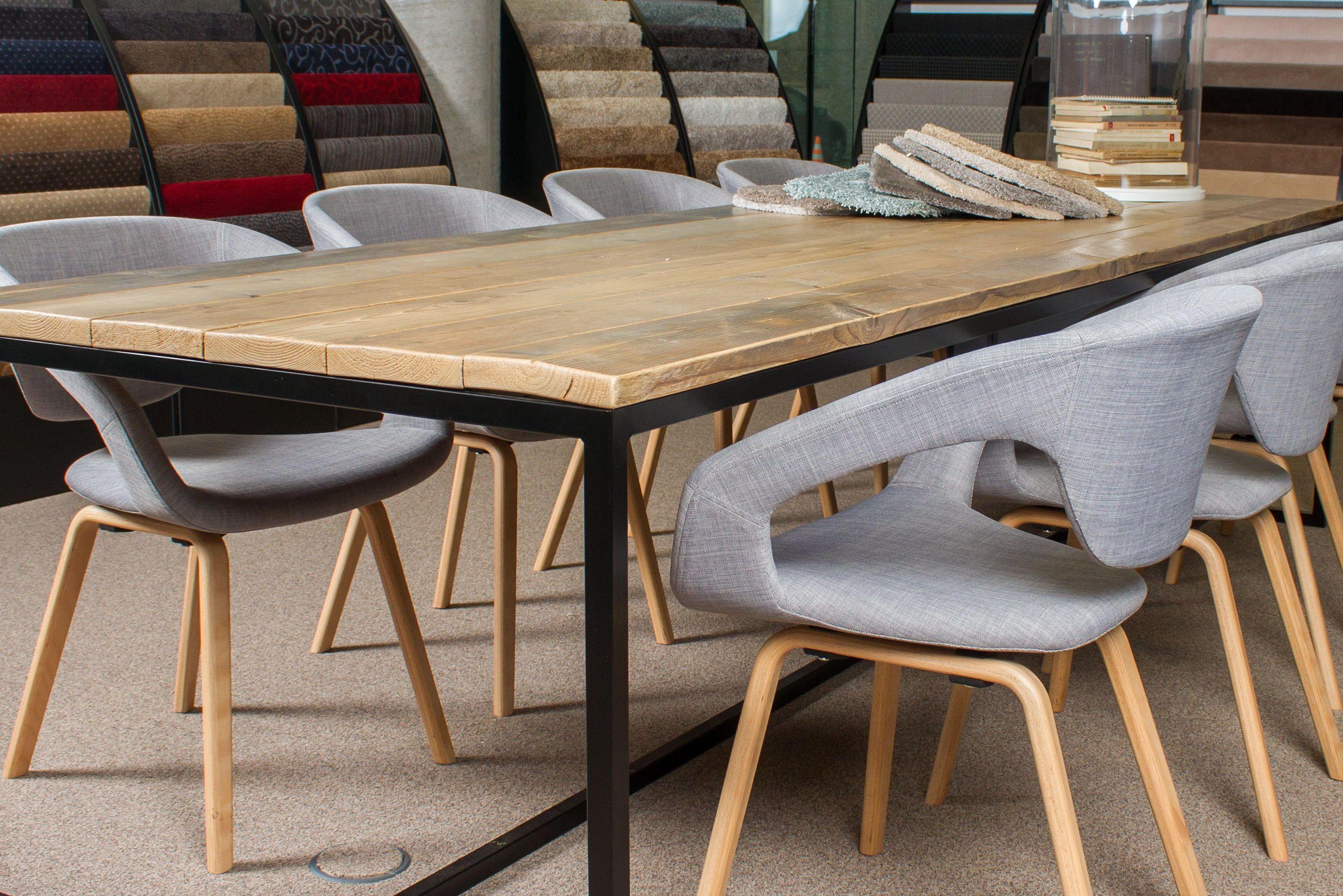 Scandinavisch Design Meubelen : Unieke stoelen en banken voor je interieur. op maat gemaakt van ons