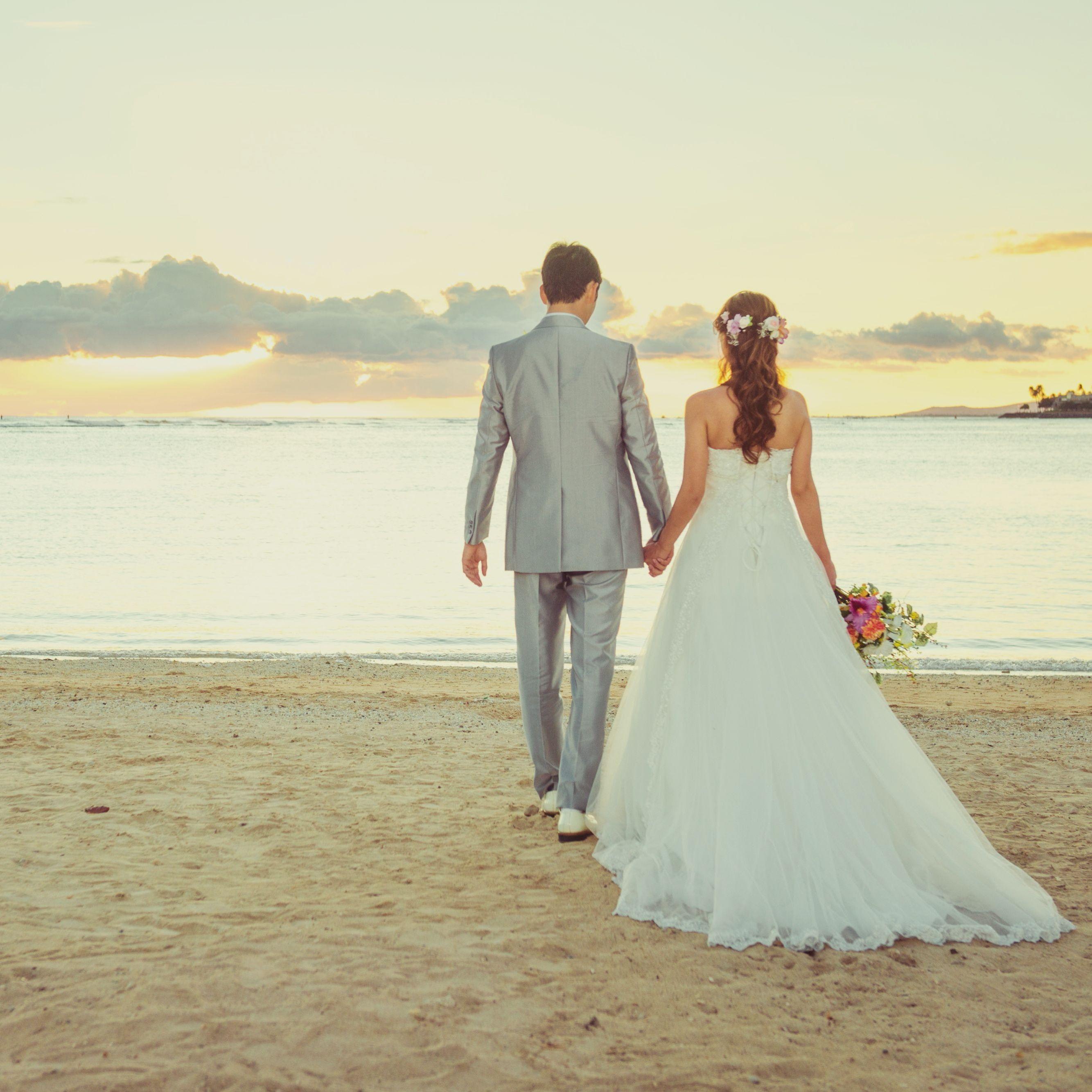 夕日 ビーチは最高の景色 二人だけの特別な景色を思い出に Magic Island Magicisland O O O O O O O Oo O フォト婚 フォト撮影 フォトアイテム 卒花 フォト婚 ハワイ ウェディング ウェディング