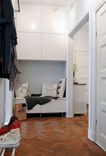 b ro pinterest flure kleine flure und ikea ankleide. Black Bedroom Furniture Sets. Home Design Ideas