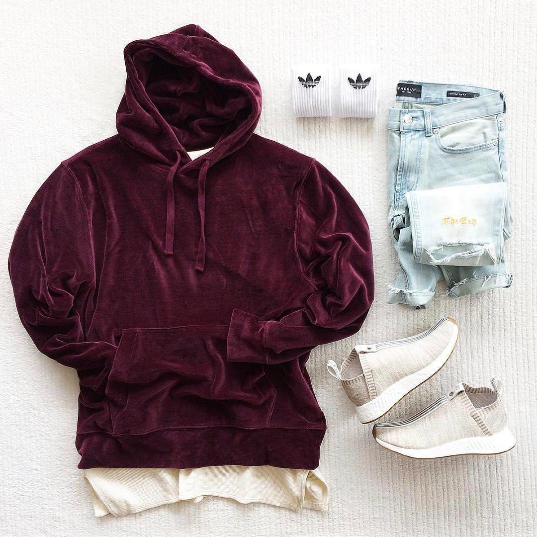 c38609760c Not feeling those jeans at all but that hoodie, damn. | Fashion ...