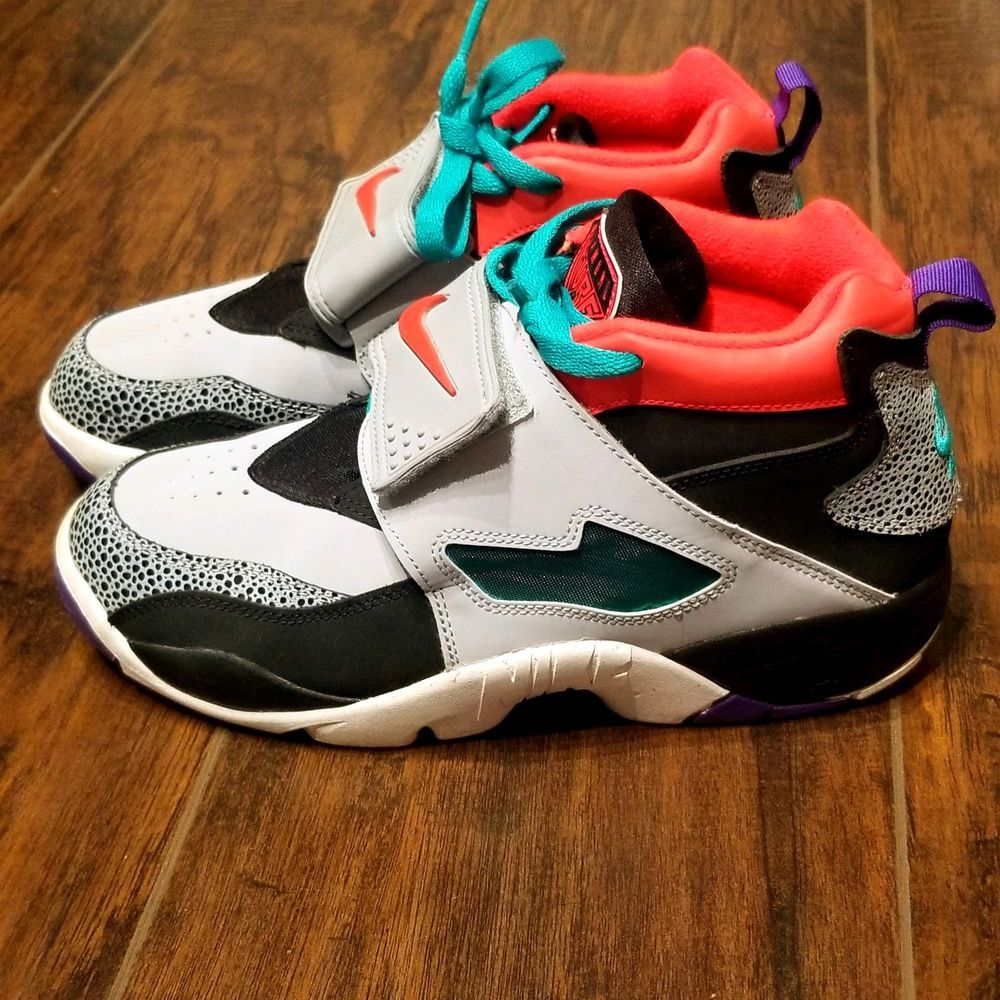 ee97161348 Nike Air Diamond Turf 2 Youth GS Shoes size 7Y Wolf Grey 407911-065 #Nike  #Athletic