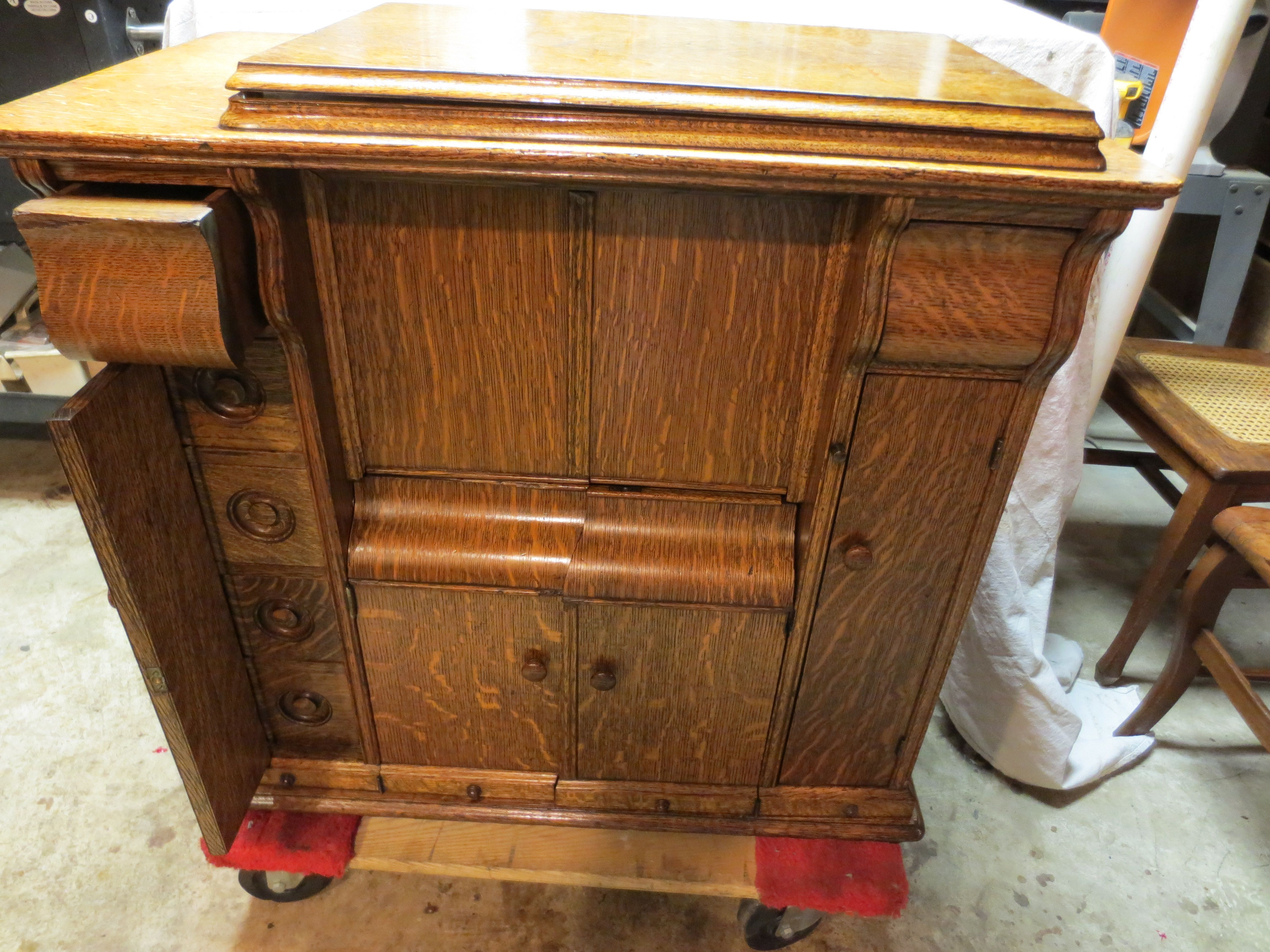 Treadle Sewing Machine Cabinet Early 1900s Singer Treadle Tiger Oak Drawing Parlor Sewing Machine