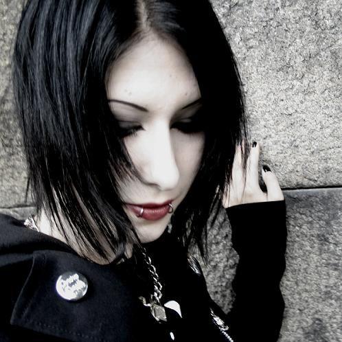 Goth Girls Gothic Hairstyle For Girls Gothic Hairstyles Gothic Fashion Girls With Black Hair