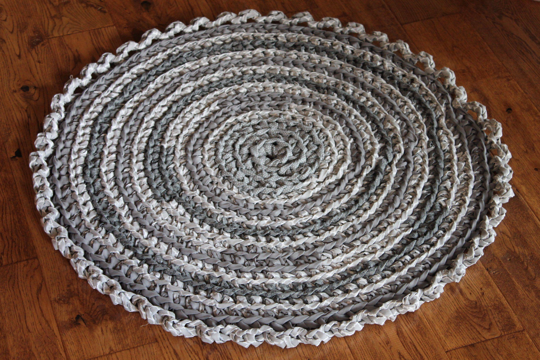 Rag Rug Gray And White 30 Crocheted Round Rag Rug Farmhouse Decor Cottage Chic Decor Shabby Chic Crochet Rag Rug Rag Rug Gray Ru Rag Rug Crochet Rag Rug
