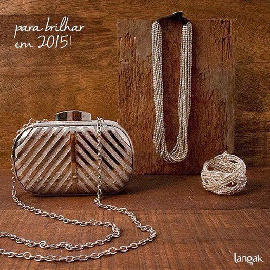 Já escolheu os acessórios para a virada do ano? Ainda dá tempo! Desejamos muito brilho para todos em 2015!
