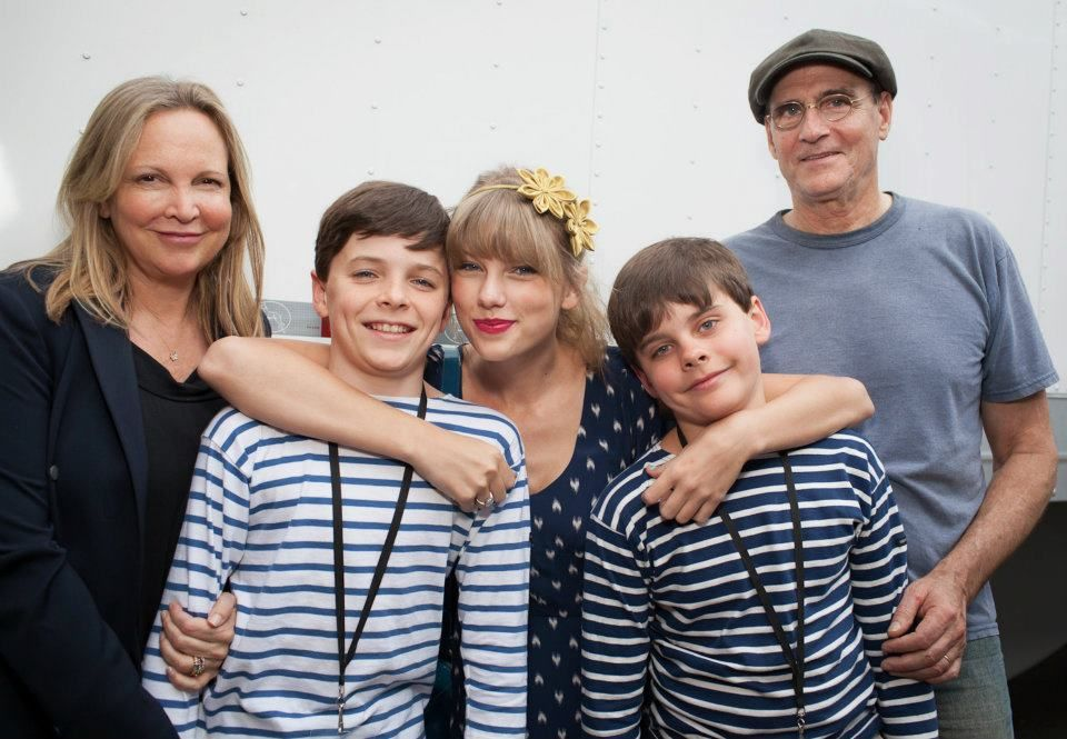 James Taylor and family with Taylor Swift.... | Music | Pinterest ...