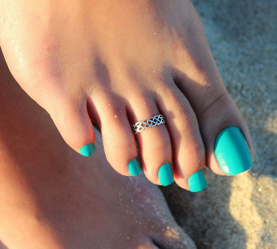 Ideal Really want to get a toe ring! | tattoos | Pinterest | Toe rings  FW12