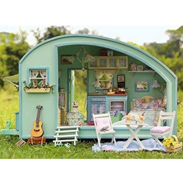this cute miniature motor home kit will allow you to build and design a dollhouse room for your indoor mini garden on your own this cuteroom diy dollhouse